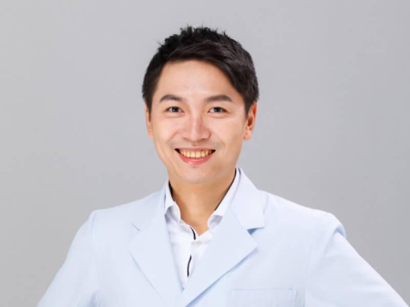 張育綸醫師